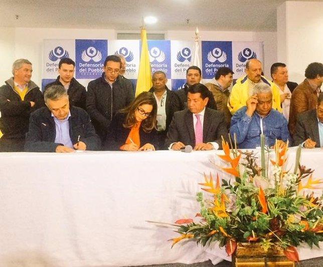 Acuerdo entre Gobierno y profesores en Colombia