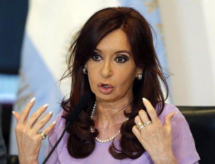 """Fernández rechaza los """"egos"""" dentro de su partido y elogia a su hijo Máximo"""
