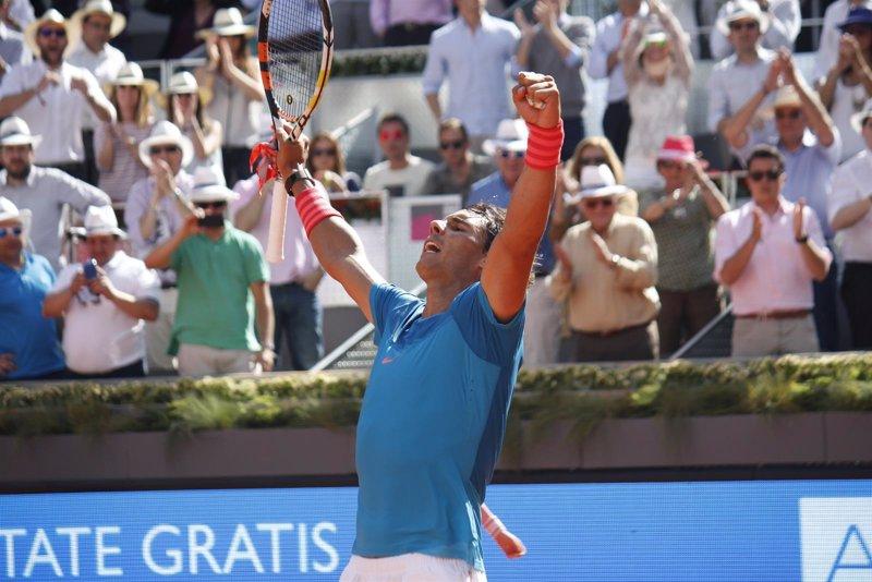 Nadal crece ante Dimitrov para estar en semifinales