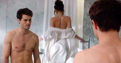Ofrecen a Jaime Dornan 1,5 millones de dólares por su desnudo frontal en 50 sombras más oscuras