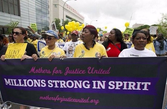 Marcha  'Mothers for Justice United'
