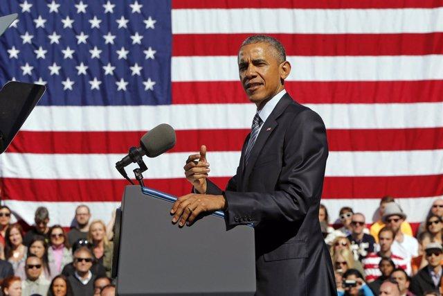 U.S. President Barack Obama delivers remarks on trade at Nike's corporate headqu