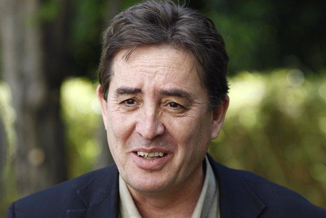 Luis García Montero, candidato de IU a la Comunidad de Madrid