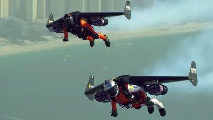 Dos hombres volando en jetpack sobre Dubai en 4K es lo más épico que verás