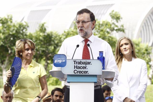 Mariano Rajoy, Aguirre y Cifuentes en un acto en Madrid