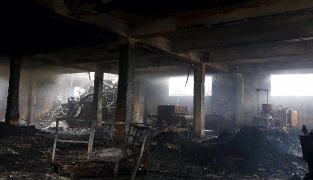 Incendio en una fábrica en Filipìnas