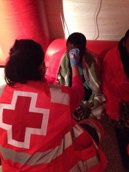 Inmigrantes atendidos en Ceuta por Cruz Roja