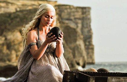 Juego de Tronos: Emilia Clarke dice que Beyoncé tiene uno de sus huevos de dragón