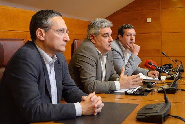 Carlos Bedia, Eduardo Van den Eynde e Iñigo Fernández