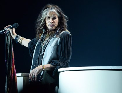 Escucha el primer single (country) de Steven Tyler como solista: Love is your name