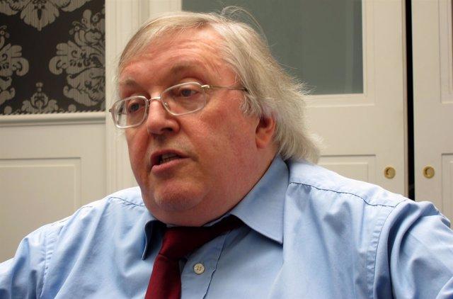 El Escritor Paul Preston