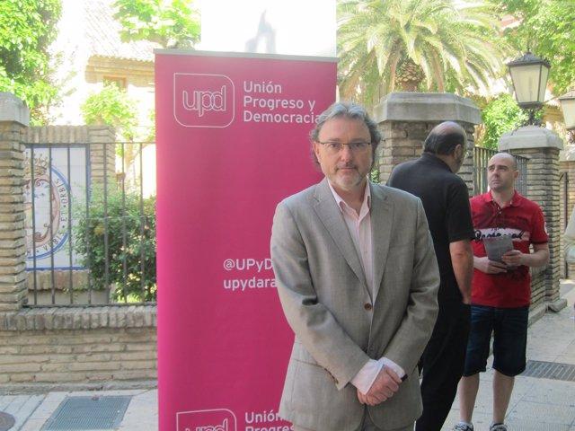El candidato de UPyD a la Presidencia de Aragón, José Luis Lajara.