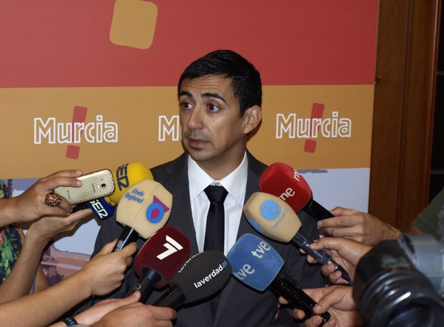 Portavoz UPYD Murcia, Rubén Serna