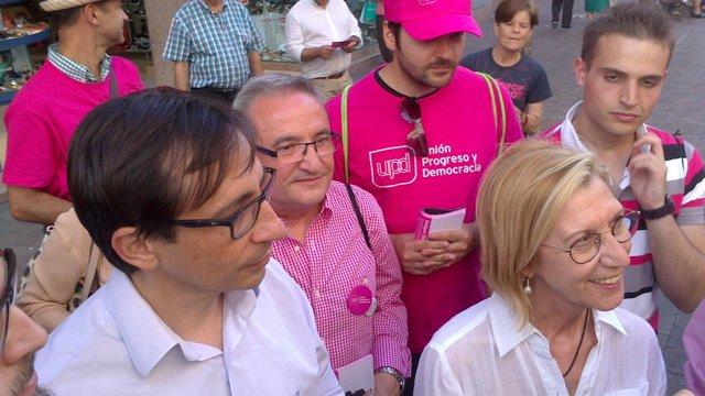 Ramón Marcos y Rosa Díez, en acto de campaña en Leganés