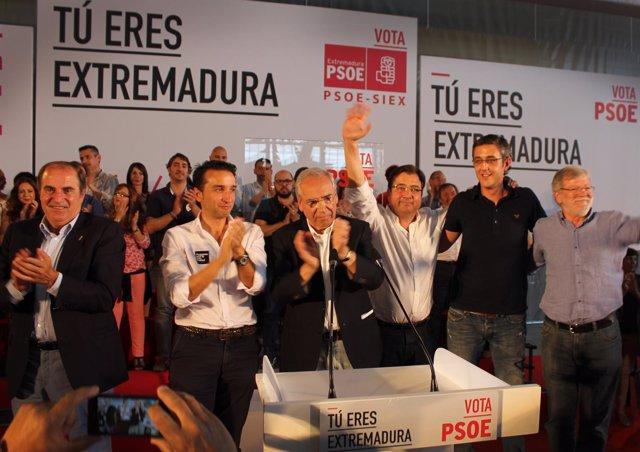 Acto electoral del PSOE con Vara, Ibarra, Guerra, Madina y Cabezas