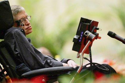 Stephen Hawking: Los ordenadores superarán la inteligencia humana en 100 años