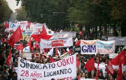 GRÁFICO: El salario mínimo y la renta media en Latinoamérica