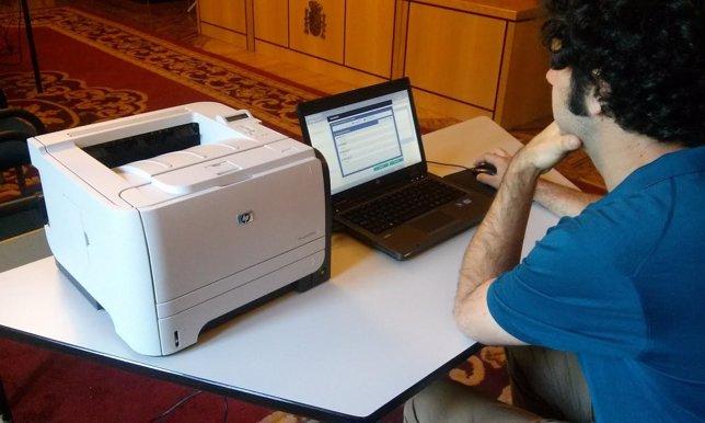 Navarra contará con cien mesas administradas electrónicamente en las elecciones.