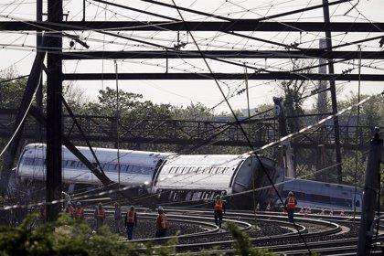 Cuatro pasajeros demandan a Amtrak por el accidente de tren en Filadelfia