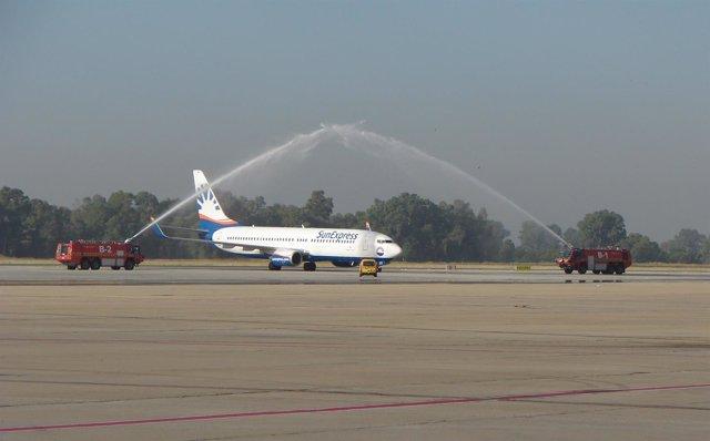Llegada del vuelo de Sunexpress desde Dusseldorf a Sevilla