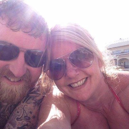Una mujer publica en Facebook una foto de su pecho para salvar vidas y se hace viral