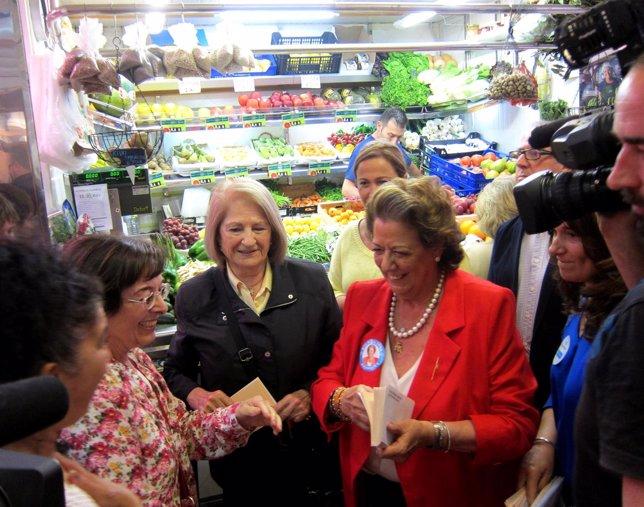 Rita Barberá en el Mercado de Jerusalén