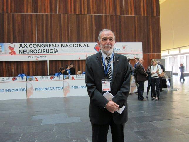 El doctor Eduardo Portillo, jefe del Servicio de Neurocirugía