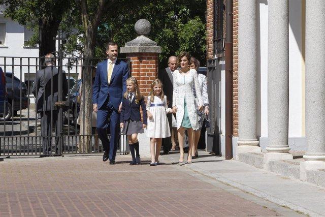 Familia Real comunión Leonor