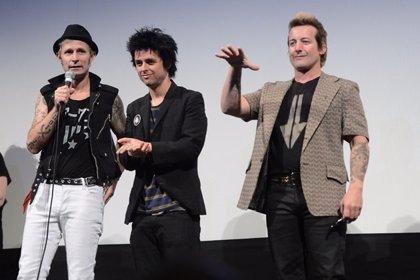 Green Day dan un concierto sorpresa en un pequeño local de San Francisco