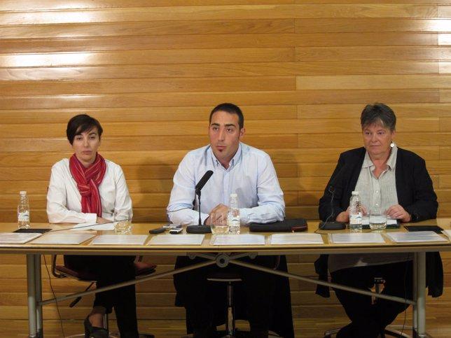 Ausejo, en el centro, con Pérez y Aragonés.