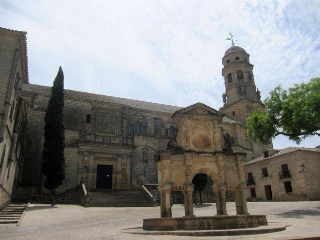 Vista de la plaza de Santa María de Baeza en una imagen de archivo.