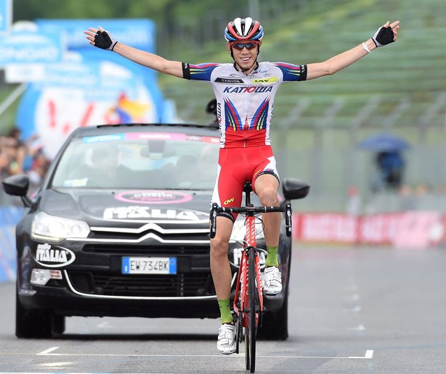 Ilnur Zakarin gana en el Giro