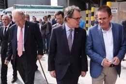 El presidente de la Generalitat, Artur Mas, visita la Cooperativa d'Ivars Urgell
