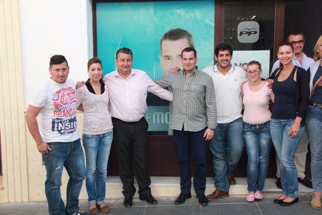 Antonio Sanz, junto a la candidatura del PP en Paterna