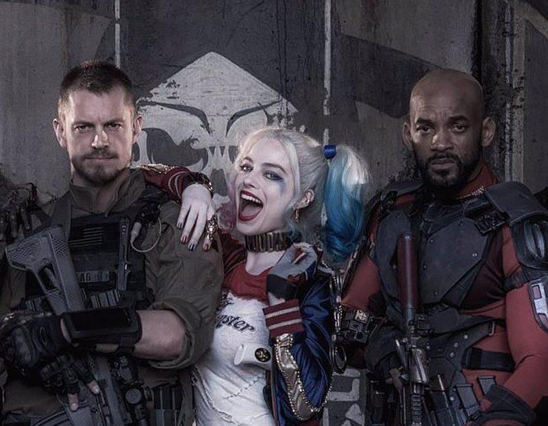 Suicide Squad: Harley Quinn, Deadshot y un avión estrellado (Vídeo)
