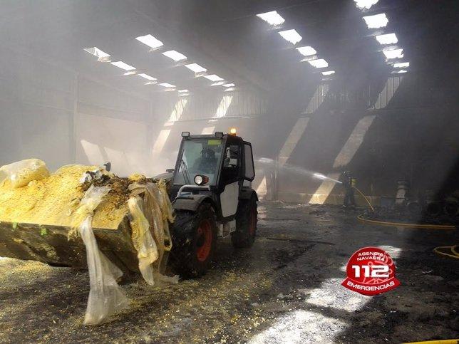 Planta de reciclaje de Andosilla afectada por un incendio.