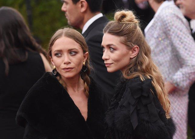 Mary-Kate y Ashley Olsen en un evento benéfico de Nueva York