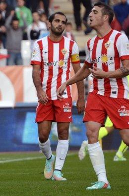 Verza, del Almería, tras el gol de Neymar
