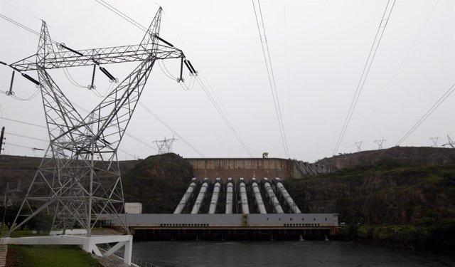 Central hidroeléctrica de Furnas en Minas Gerais, Brasil