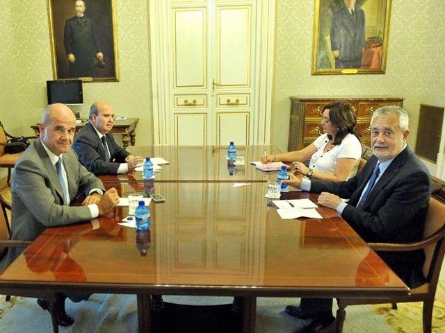 Imagen De La Reunión De Chaves Con Griñán