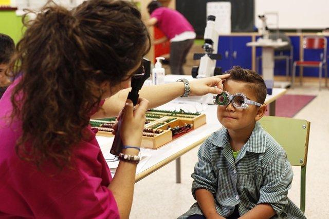 Revisón, ojos, niño, gafas