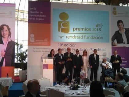"""Camarero pide """"trabajo sin discriminación"""" para españoles con discapacidad"""