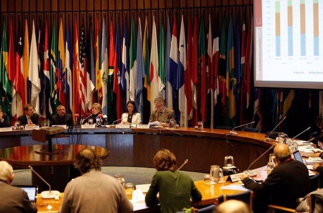 Reunión de la Cepal, informe económica
