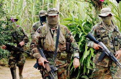 Denuncia el intento de crear un grupo paramilitar contra el proceso de paz