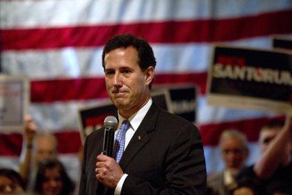Santorum afirma que repetirá como precandidato republicano a la Casa Blanca