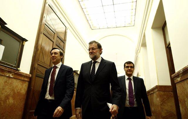 Rafael Hernando, Mariano Rajoy y José Luis Ayllón en el Congreso