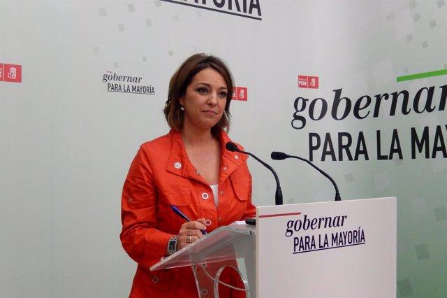 Isabel Ambrosio en la sede del PSOE