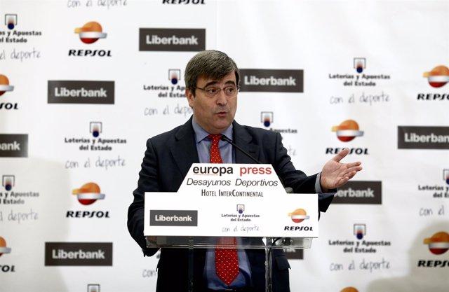 Miguel Cardenal en los Desayunos Deportivos de Europa Press