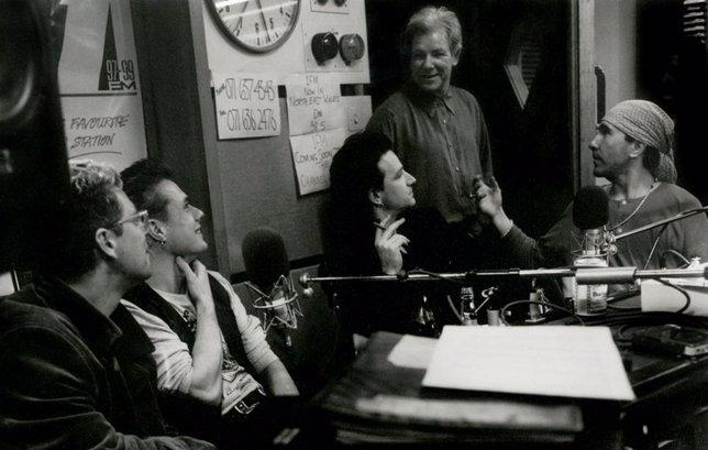 U2 con Dennis Sheehan