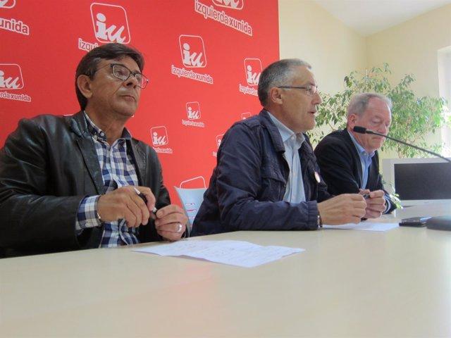 Por la izquierda, Ramos, Orviz y Martín, en rueda de prensa.